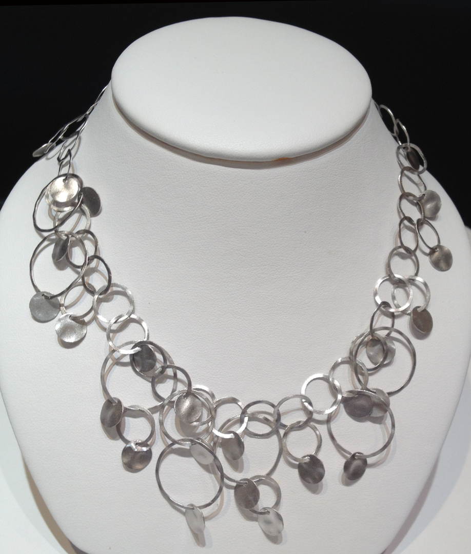 Sterling silver with white rhodium vermeil Carvan Necklace