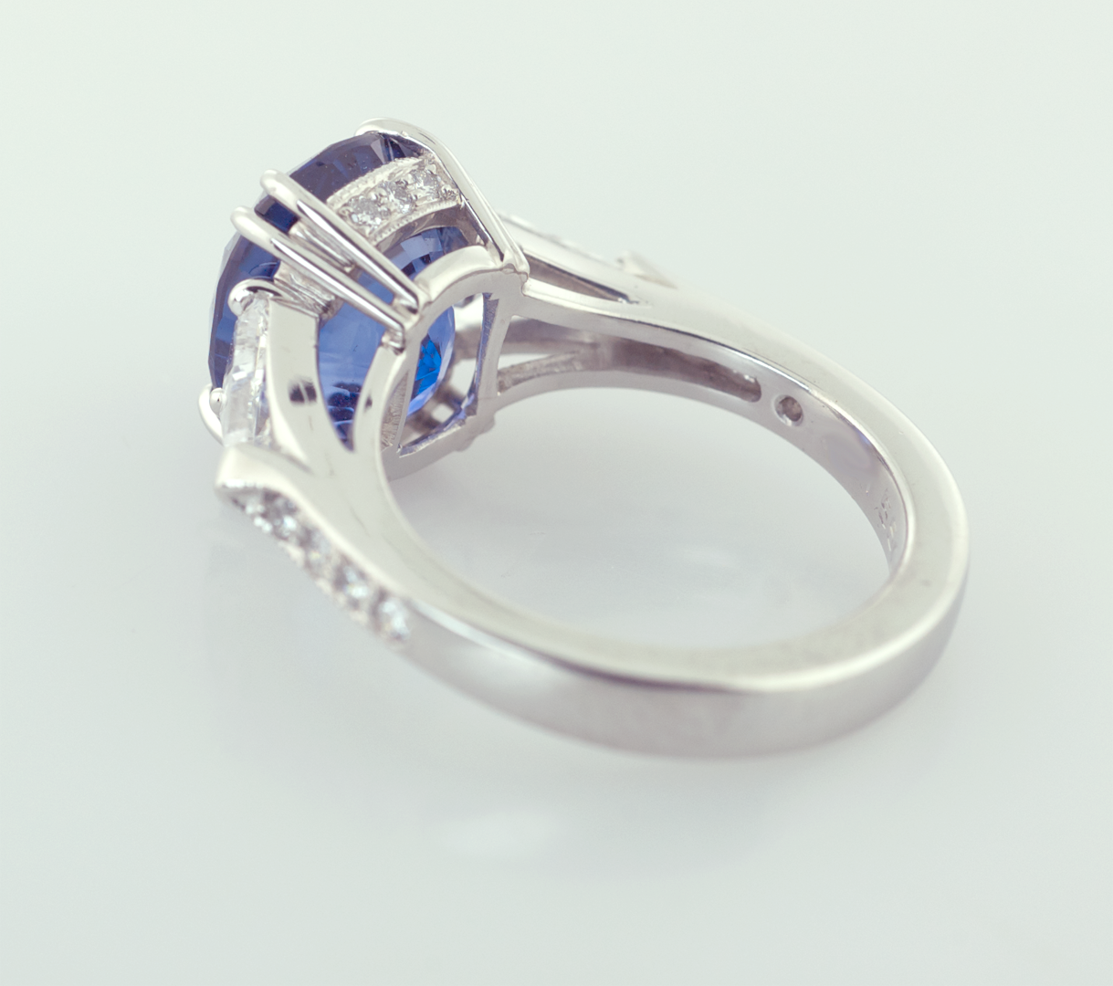Oval Sapphire 3.50ct. and Trilliam Shape Diamonds Platinum Ring, Back View