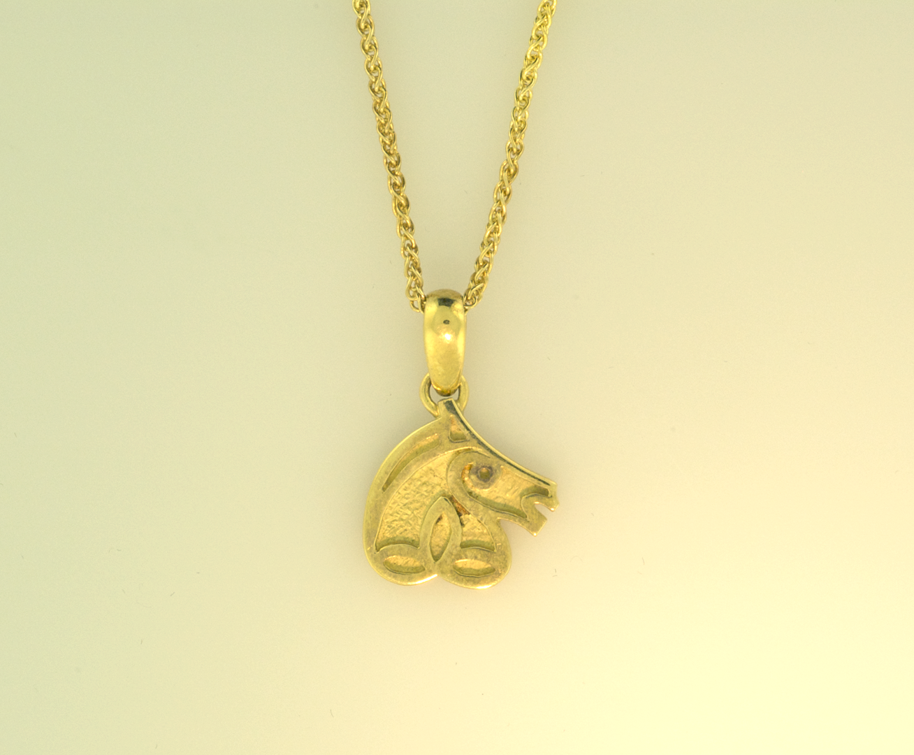 Celtic horse head pendant equestrian signature collections 18kt yellow gold celtic horse head pendant on 18kt yellow chain aloadofball Image collections
