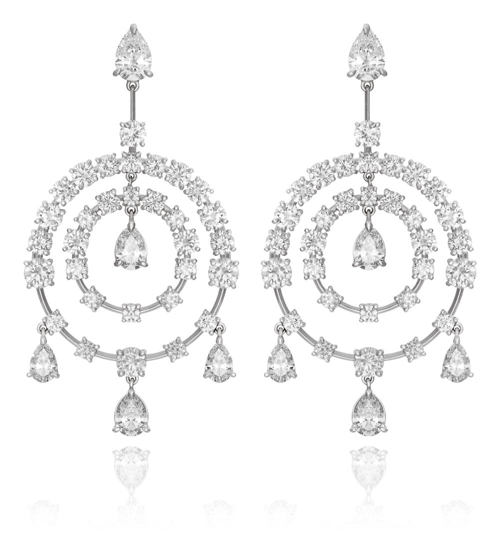 Diamond chandelier earring in platinum lgance hammerman diamond and 18kt white gold chandelier style earrings aloadofball Images