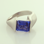 Tanzanite and 18KT white gold ring