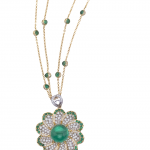 Pendant, Emerald and diamonds in flower motif