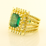 Emerald and diamonds and 18KT yellow gold ring
