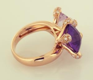 Dual amethyst ring side view
