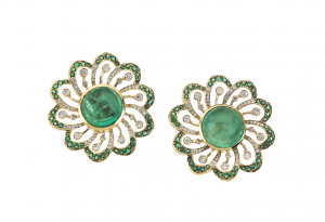 Earrings with emeralds and diamonds in 18KT yellow, flower motif