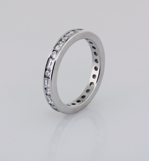 Eternity Band round and baguette shaped diamonds in platinum 1X1