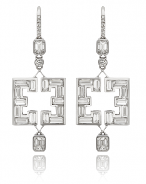 Diamond earrings in geometric symmetry