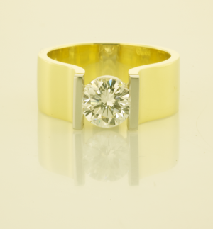 Diamond Contemporary Solitaire Ring with 1.00t. Diamond