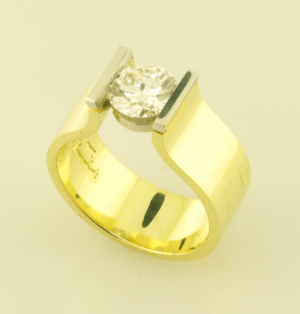 DIamond Contemporary Solitaire Ring with 1.00t. Diamond top view