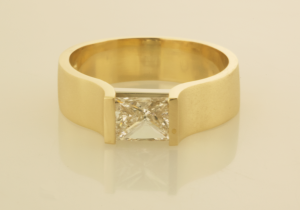 Princess cut diamond set in R1070
