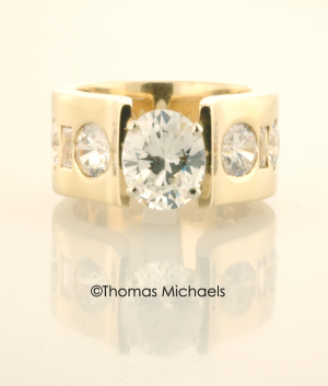 Oval Diamond and Gold Ring