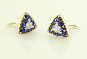 Trillian shape diamond 1.08ctand sapphire 1.40ct earrings