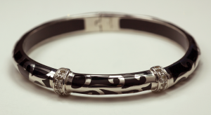 Sterling Silver and Black Acrylic Swirli Motif Braclet