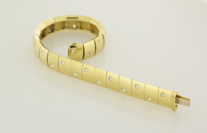 Diamond and 18KT yellow gold bracelet set with 1.10ct.